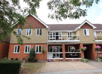 Thumbnail 2 bed flat to rent in Kilfillan Gardens, Berkhamsted