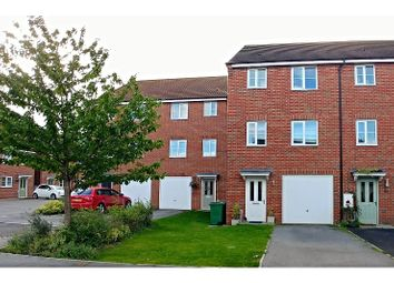 Thumbnail 4 bed town house for sale in Kingscroft Drive, Welton