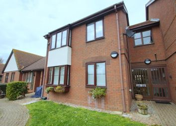 2 bed flat for sale in Spinnaker Close, Clacton-On-Sea CO15