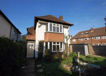 Ickenham Close, Ruislip HA4. 3 bed detached house