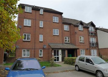 Thumbnail Studio to rent in Knowles Close, Yiewsley, Middlesex