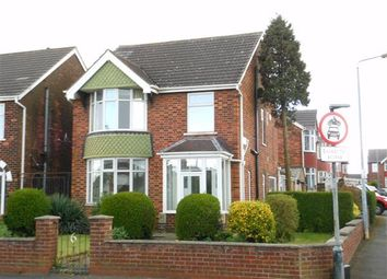 Thumbnail 3 bed detached house to rent in Exeter Road, Scunthorpe