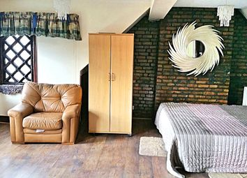 Thumbnail 5 bed detached house to rent in Whitchurch Lane, Edgware, Middlesex