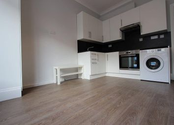 Thumbnail 1 bed flat to rent in Vale Grove, Acton