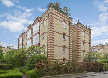 Thumbnail 1 bed flat to rent in Oriel Drive, London, Barnes