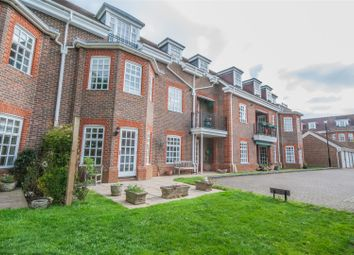 3 bed flat for sale in Benningfield Gardens, Berkhamsted HP4