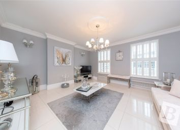 2 bed maisonette for sale in Station Lane, Hornchurch RM12