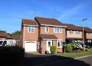 Thumbnail 4 bedroom detached house for sale in Cropmark Way, Hatch Warren, Basingstoke