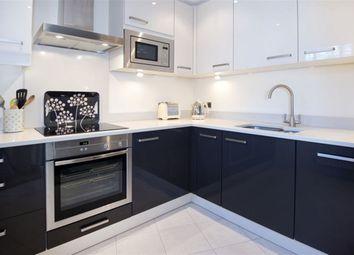 Thumbnail 2 bedroom flat to rent in Pembroke Road, Sevenoaks
