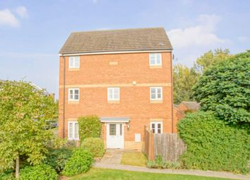 Thumbnail 4 bed property for sale in Eddington Crescent, Welwyn Garden City