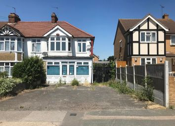 Thumbnail Commercial property for sale in 65 Chase Cross Road, Romford, Essex