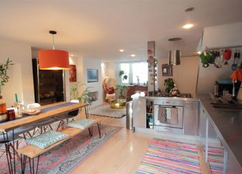 Thumbnail Flat to rent in Ferndale Road, London