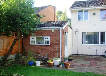 Thumbnail 1 bed flat to rent in Seven Star Road, Solihull