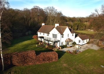 Thumbnail 5 bed detached house to rent in Hawthorn Lane, Farnham Common, Slough