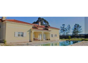 Thumbnail 6 bed detached house for sale in Abrigada E Cabanas De Torres, Abrigada E Cabanas De Torres, Alenquer