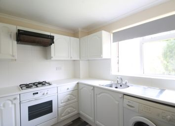 1 bed flat to rent in High View Court, Wray Common Road, Reigate RH2