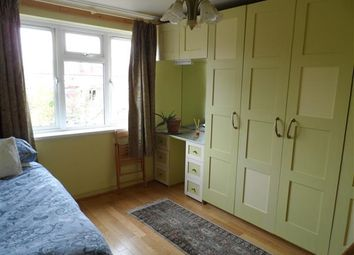 Thumbnail Property to rent in Gifford Gardens, London