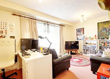 Thumbnail 1 bed flat to rent in Knightswood House, Dale Grove, Finchley, London