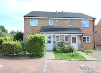 3 bed property for sale in Winthorpe Gardens, Borehamwood, Herts WD6