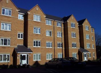 Thumbnail 2 bed flat to rent in Crowe Road, Bedford