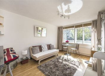 Thumbnail 1 bed flat for sale in Hungerford House, Churchill Gardens, London