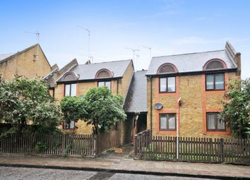 1 bed maisonette for sale in Clifton Place, London SE16