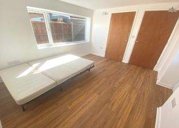 Thumbnail Room to rent in 8 Estuary Road, King's Lynn