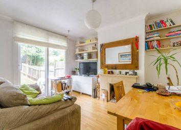 Thumbnail 2 bed flat for sale in Avondale Avenue, East Barnet