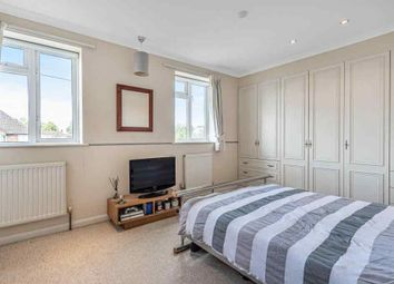 Thumbnail 1 bed flat to rent in Little Green Lane, Chertsey