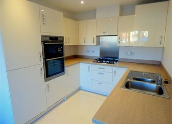 Thumbnail 4 bed town house to rent in Kings Reach, Langley