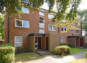 Thumbnail 1 bed flat to rent in St. Arvans Close, Croydon