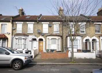 Thumbnail Studio to rent in 77 Leslie Road, Leyton, London
