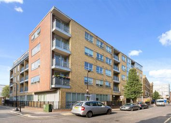 Thumbnail 2 bed flat to rent in Sanctuary Street, London