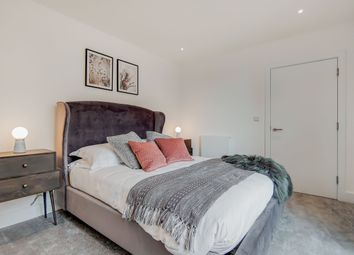 Thumbnail 2 bed flat for sale in Nelson Street, London