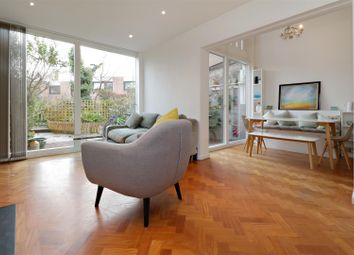 Thumbnail 3 bedroom property for sale in Southwood Lane, Highgate, London