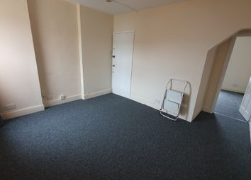 Thumbnail 1 bed flat to rent in Albany Road, Reading