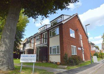 Cherrycroft Gardens, Westfield Park, Hatch End, Pinner HA5. 2 bed flat