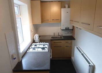 Thumbnail 3 bed property to rent in Huddersfield Road, Elland