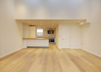 Thumbnail 3 bedroom flat for sale in Topsfield Parade, Crouch End