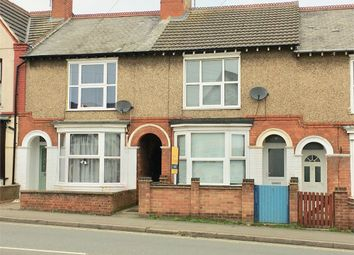 3 bed terraced house to rent in Washbrook Road, Rushden, Northamptonshire NN10