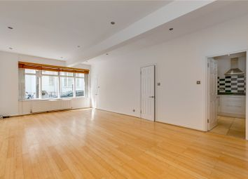 3 bed mews house to rent in Gloucester Mews, Paddington, Hyde Park, London W2
