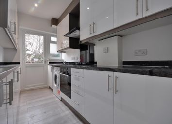 4 bed property to rent in Durley Avenue, Pinner, Middlesex HA5