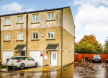 Thumbnail 3 bed town house for sale in Beckside, Halifax