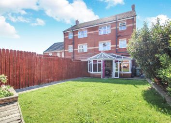 Thumbnail 4 bed town house for sale in Laurel Way, Scunthorpe