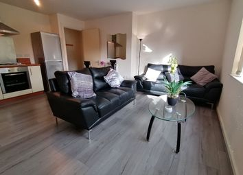 2 bed property to rent in Chapel Street, Salford M3