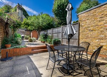 Enfield Road, Brentford TW8. 3 bed terraced house