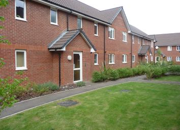 Thumbnail 1 bed flat to rent in Chiltern Close, Chelmsford