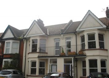 Thumbnail 2 bedroom flat to rent in Shaftesbury Avenue, Southend On Sea, Essex