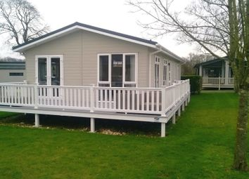 Thumbnail 2 bed mobile/park home for sale in Merley House Lane, Ashington, Wimborne