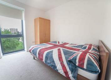 Room to rent in Mellor House, 57 Upper North Street, Canary Wharf, London E14